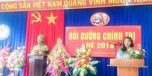 Đồng chí Nguyễn Thị Kim Dung – Phó Giám đốc Trung tâm BD chính trị Huyện