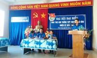 Đ/c Trần Thị Thanh Phúc - Thư ký Đại Hội thông qua dự thảo Nghị quyết Đại Hội
