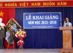 Phạm Thị Thanh Hạ - HS lớp 12A1 đại diện cho hơn 540 học sinh toàn trường có bài phát biểu cảm nghĩ